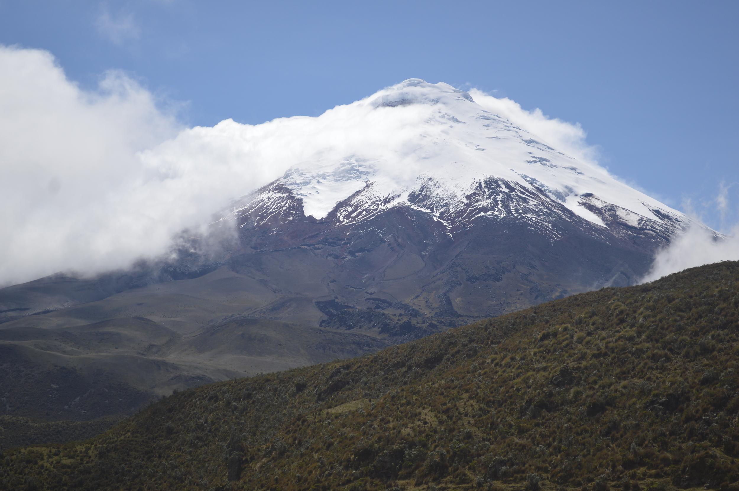 Ecuador Mountain High Res Landscape.JPG