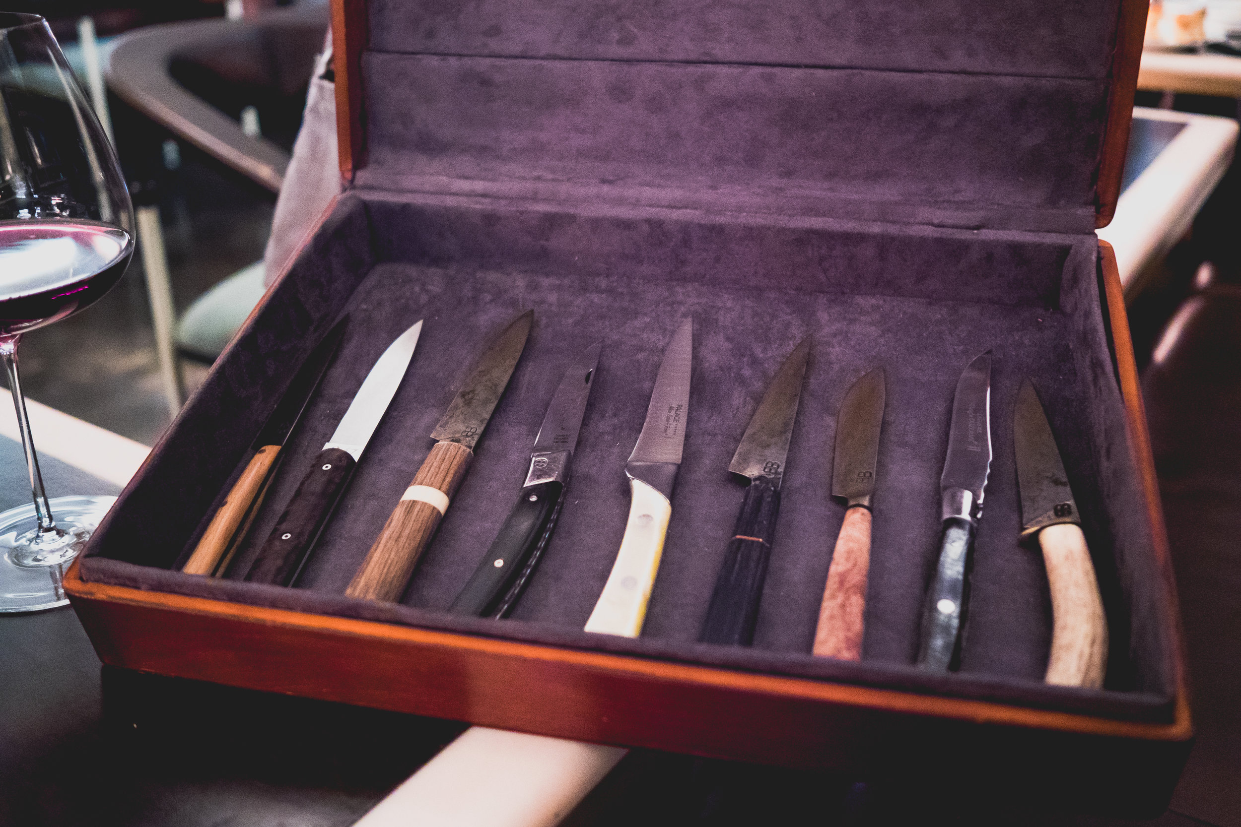choose-your-own steak knives.