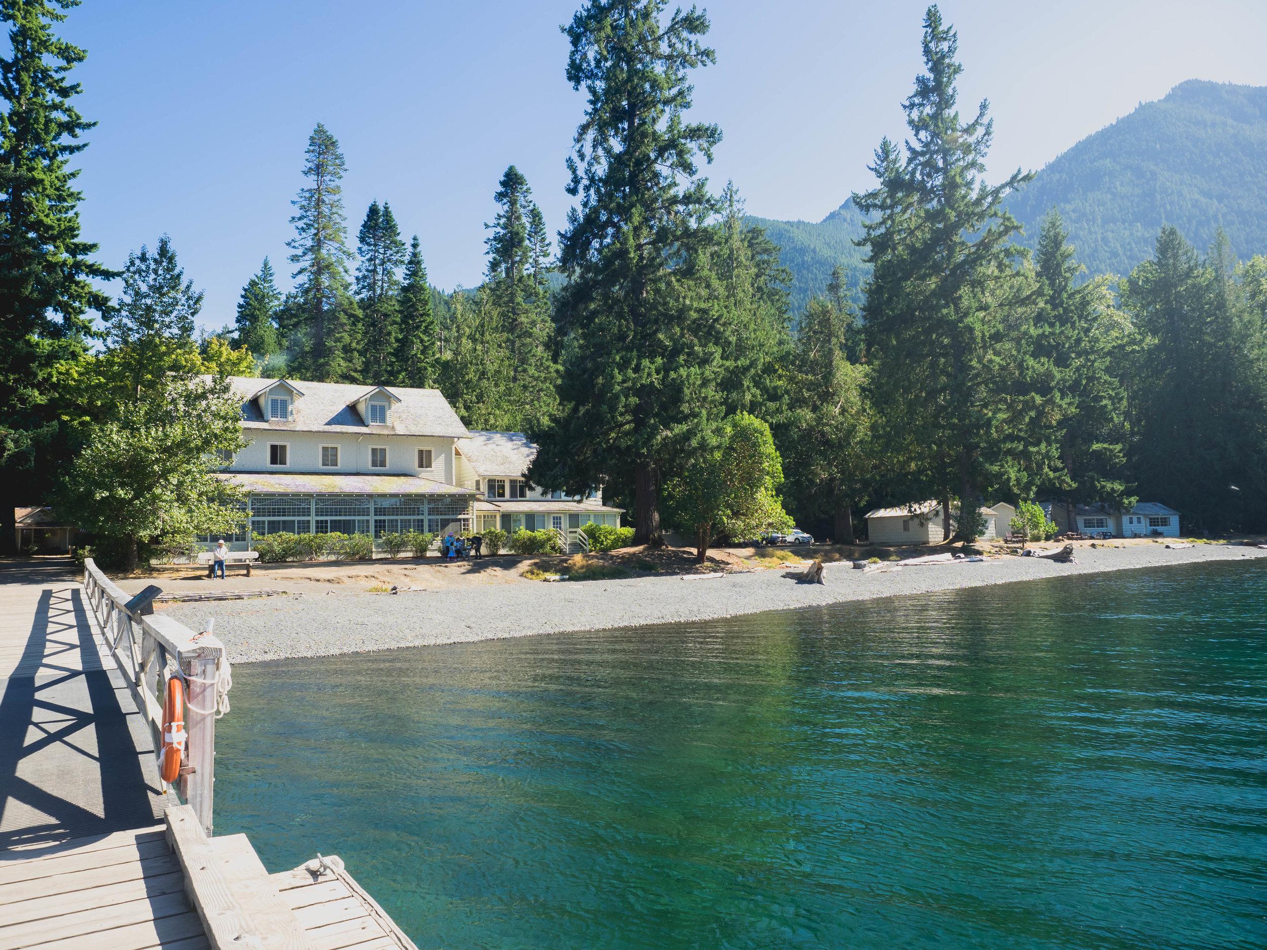 crescent lake lodge.
