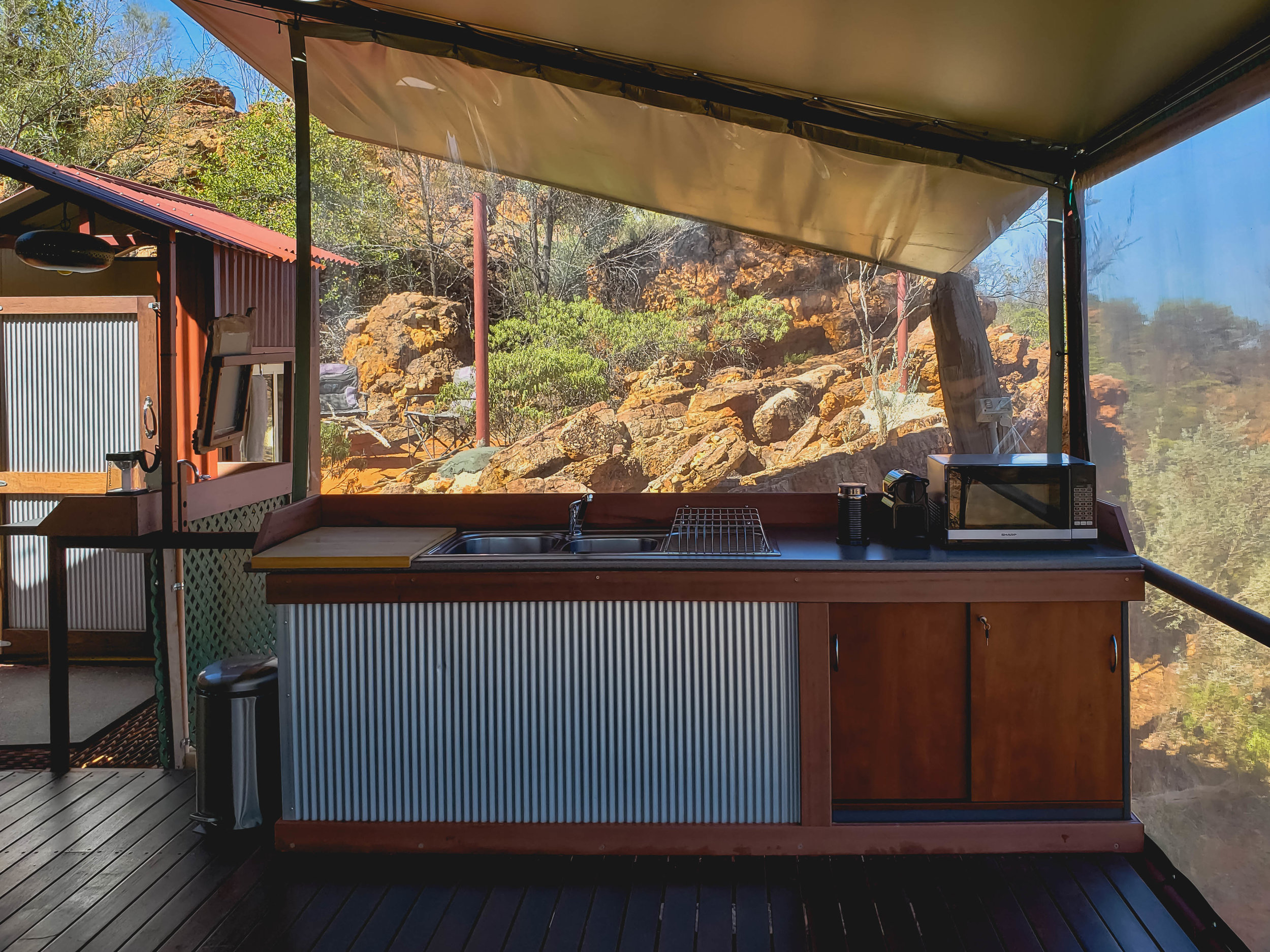 outdoor kitchen.