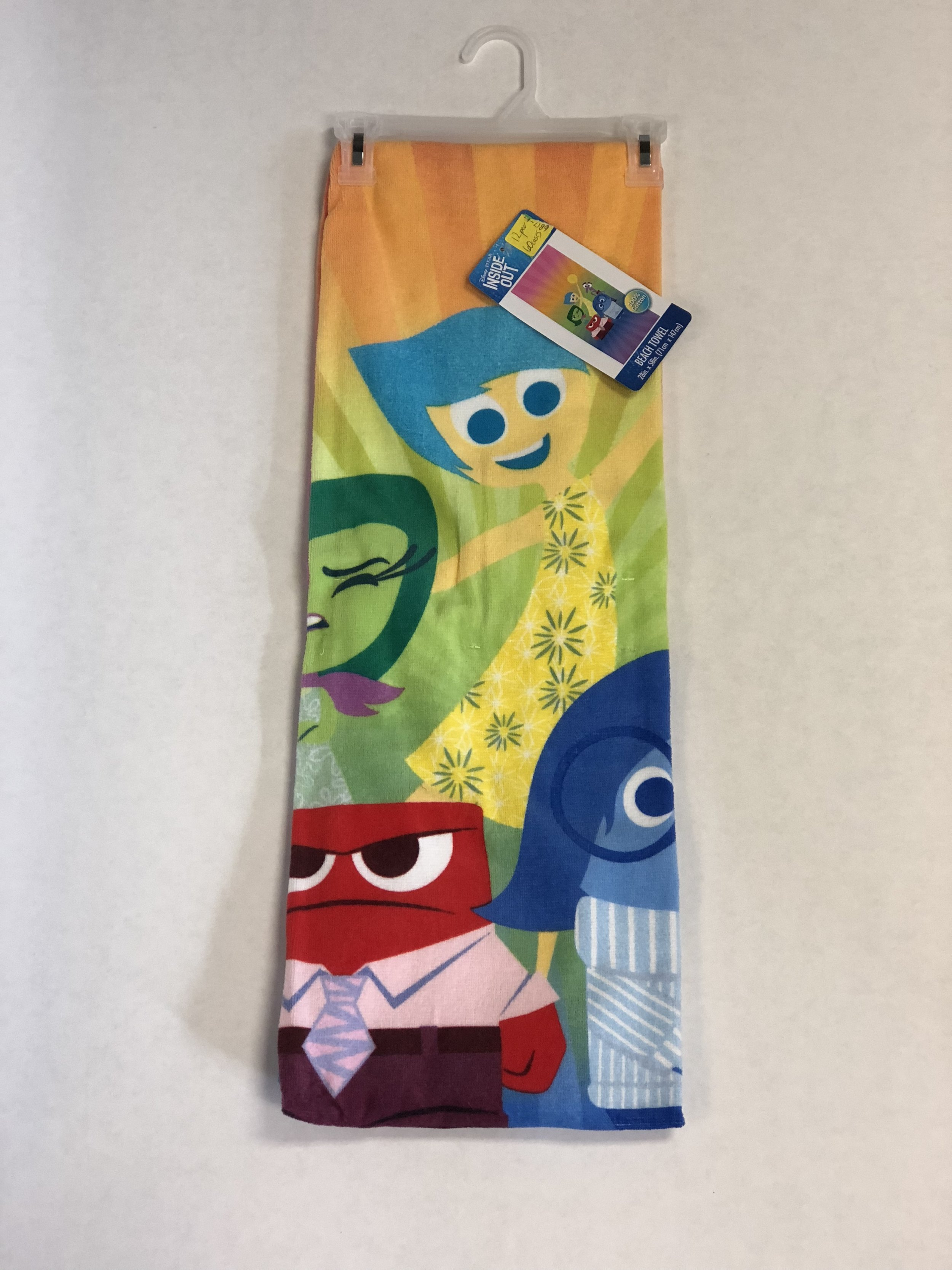 DISNEY INSIDE OUT TOWEL: 12 PER, 60 CASES, (28in x 58in)