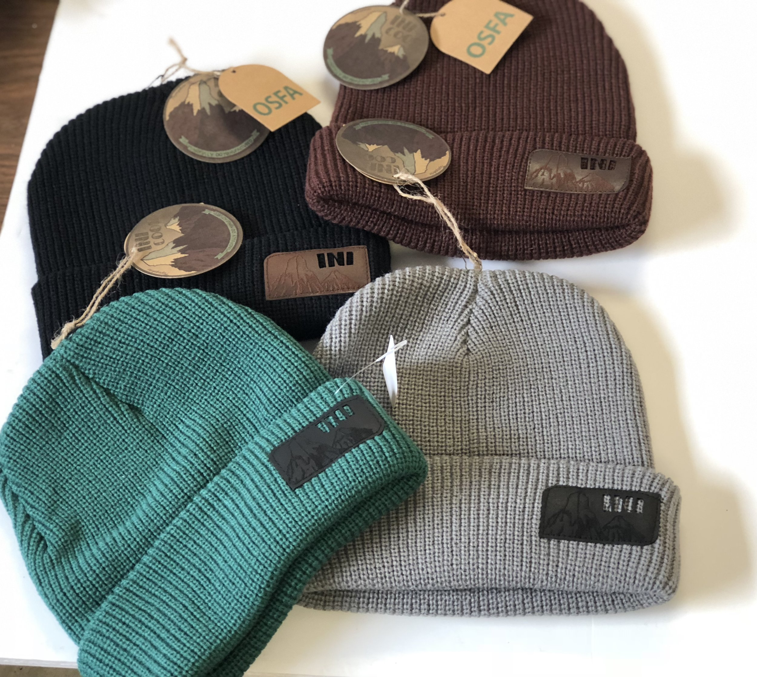 ini COOPERATIVE knit hats/beanies, 4 colors (grey, black, blue, brown), 650 pieces