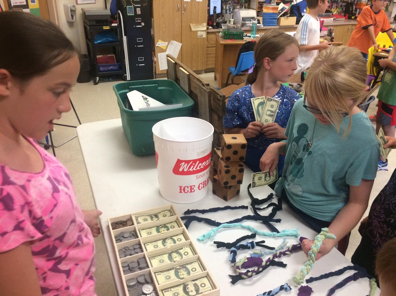 brianna's-lesson-cashbox-yes14.jpg