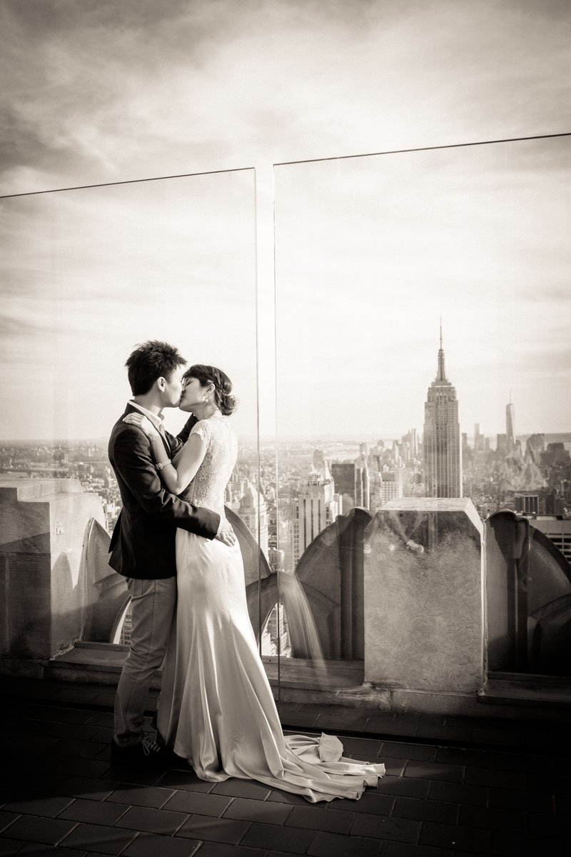 topoftherock_empirestate_ny_pre_wedding_engagement.jpg
