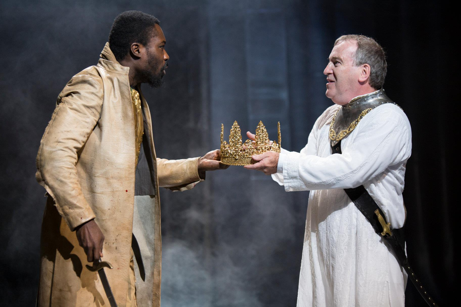 © Ellie Kurttz, RSC (Jude Owusu as Tamburlaine and Mark Hadfield as Mycetes)