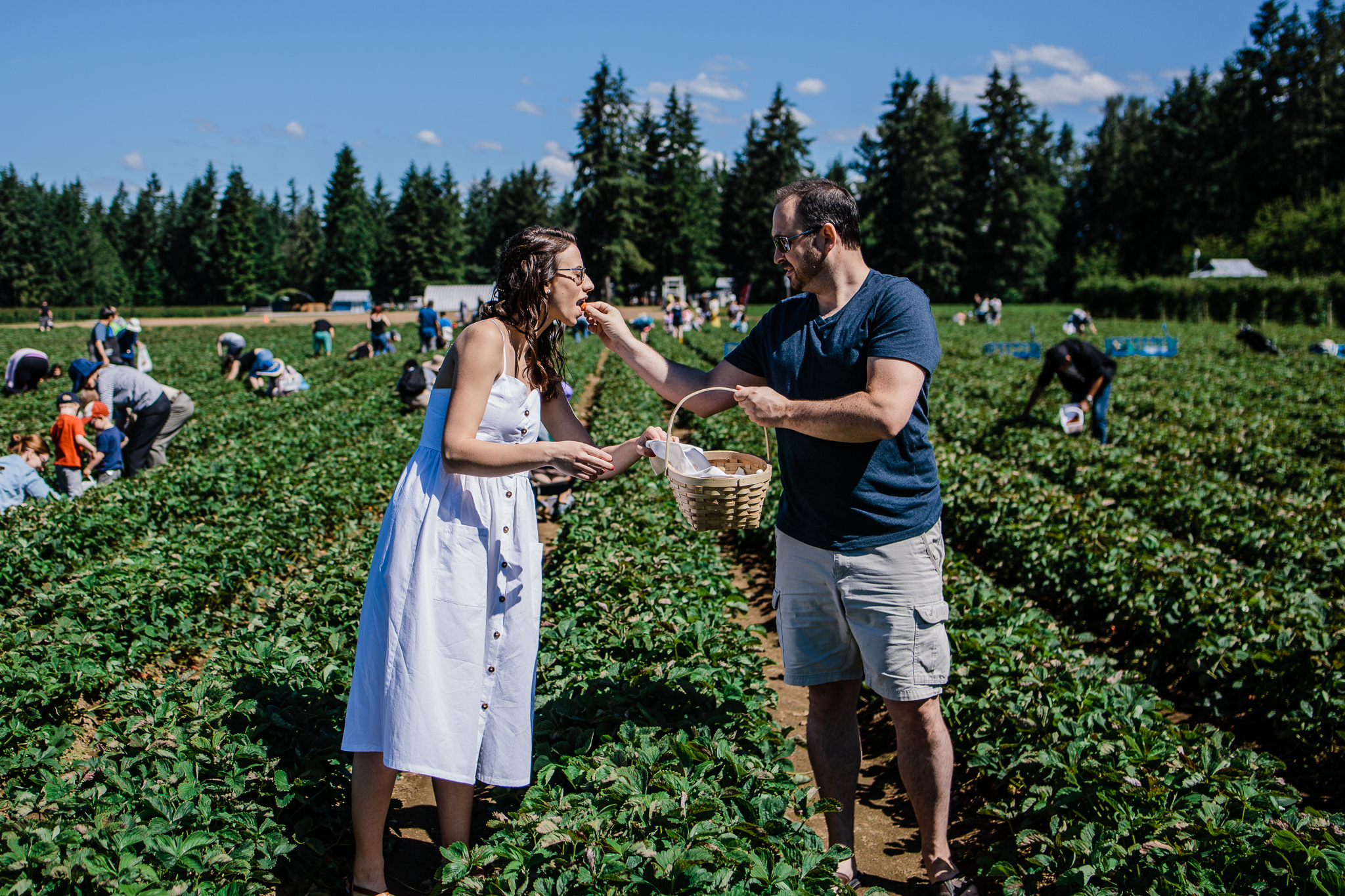 Krause Berry Farm Documentary Fun Engagement Photographer Fort Langley  Mustard Yellow City -027.jpg