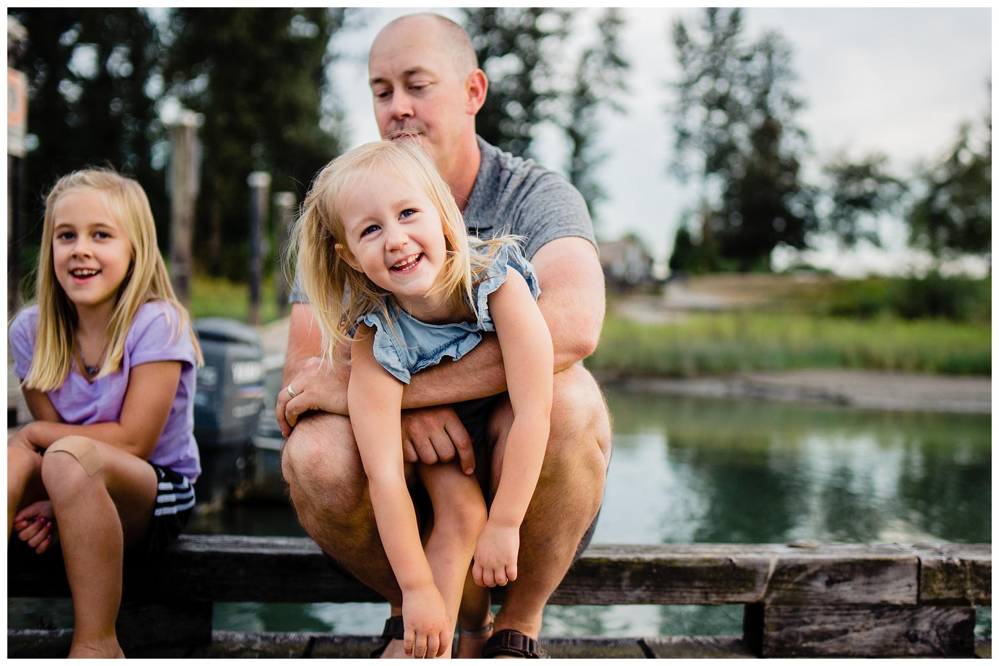 Pitt Lake Documentary Family Photographer Bubbles Mud Family of 6 Boys Girls Children_0095.jpg