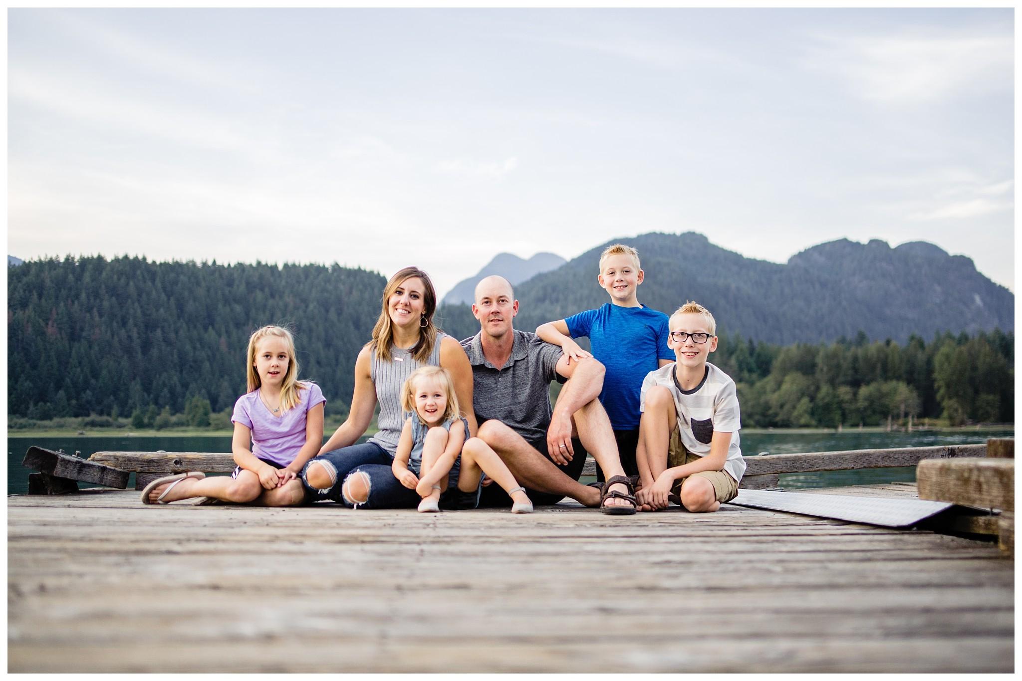 Pitt Lake Documentary Family Photographer Bubbles Mud Family of 6 Boys Girls Children_0097.jpg