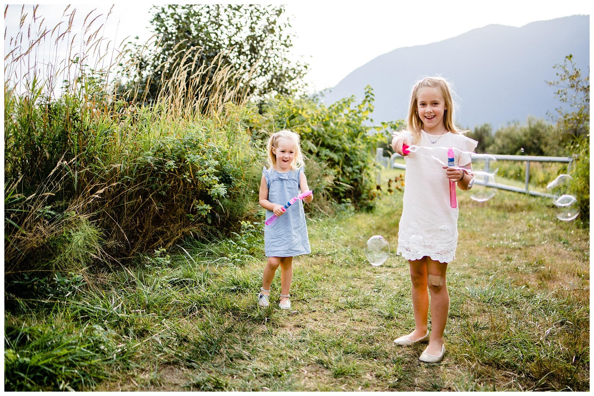 Pitt Lake Documentary Family Photographer Bubbles Mud Family of 6 Boys Girls Children_0085.jpg
