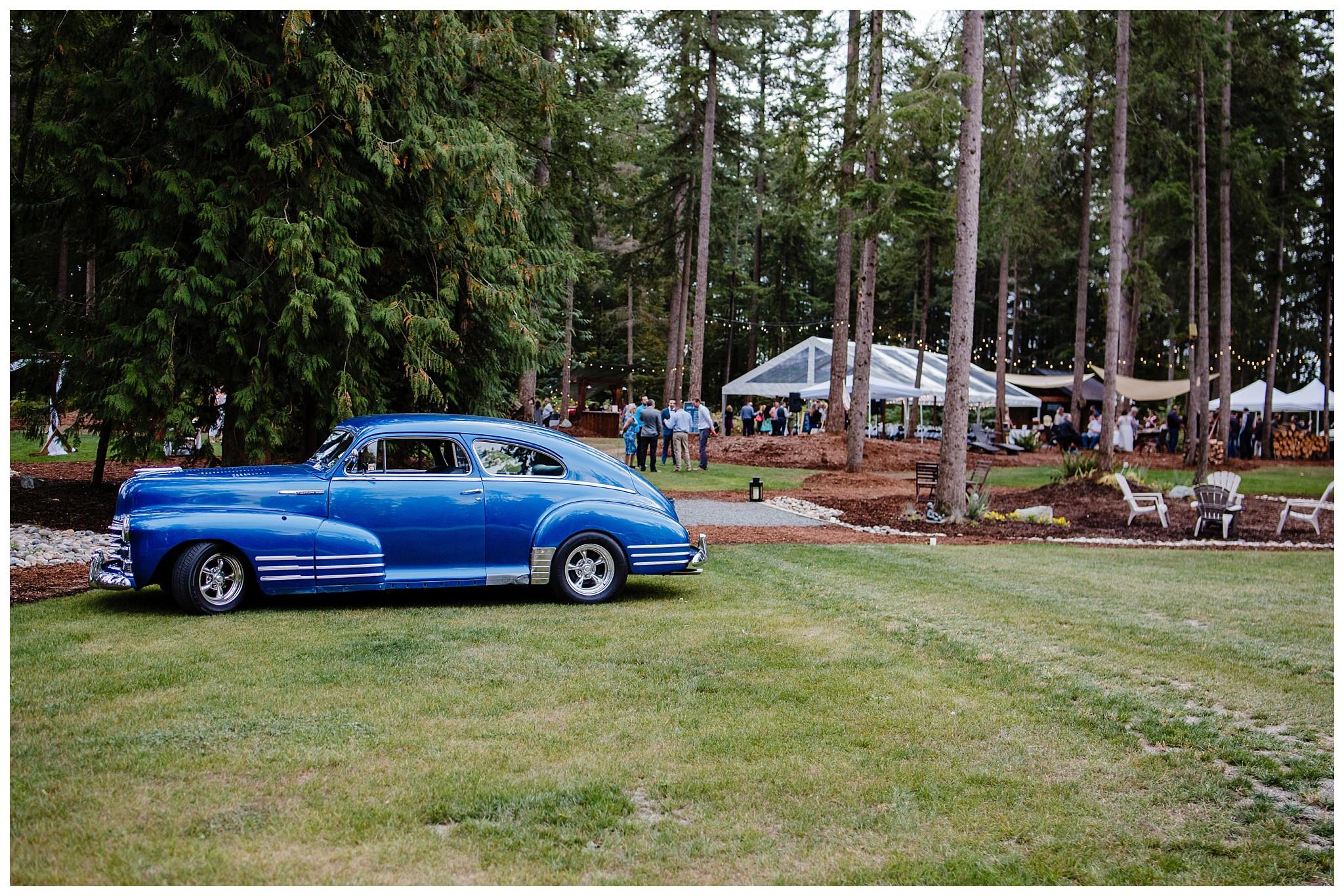 Aldergrove Park Fall Backyard Wedding Photographer Pregnant Bride Tent Outdoor BC Canada Best Wedding Photographer_0041.jpg