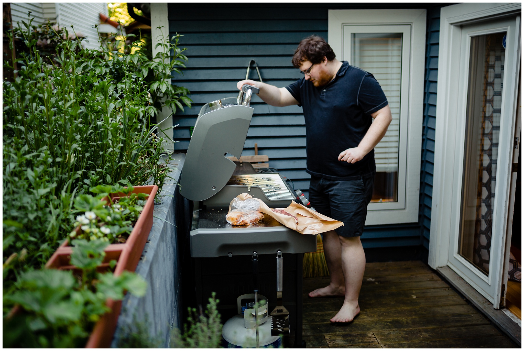 Granville Island Public Market Candid Documentary Engagement Photos Making Dinner In home Romantic BBQ fun plus size couple_0017.jpg