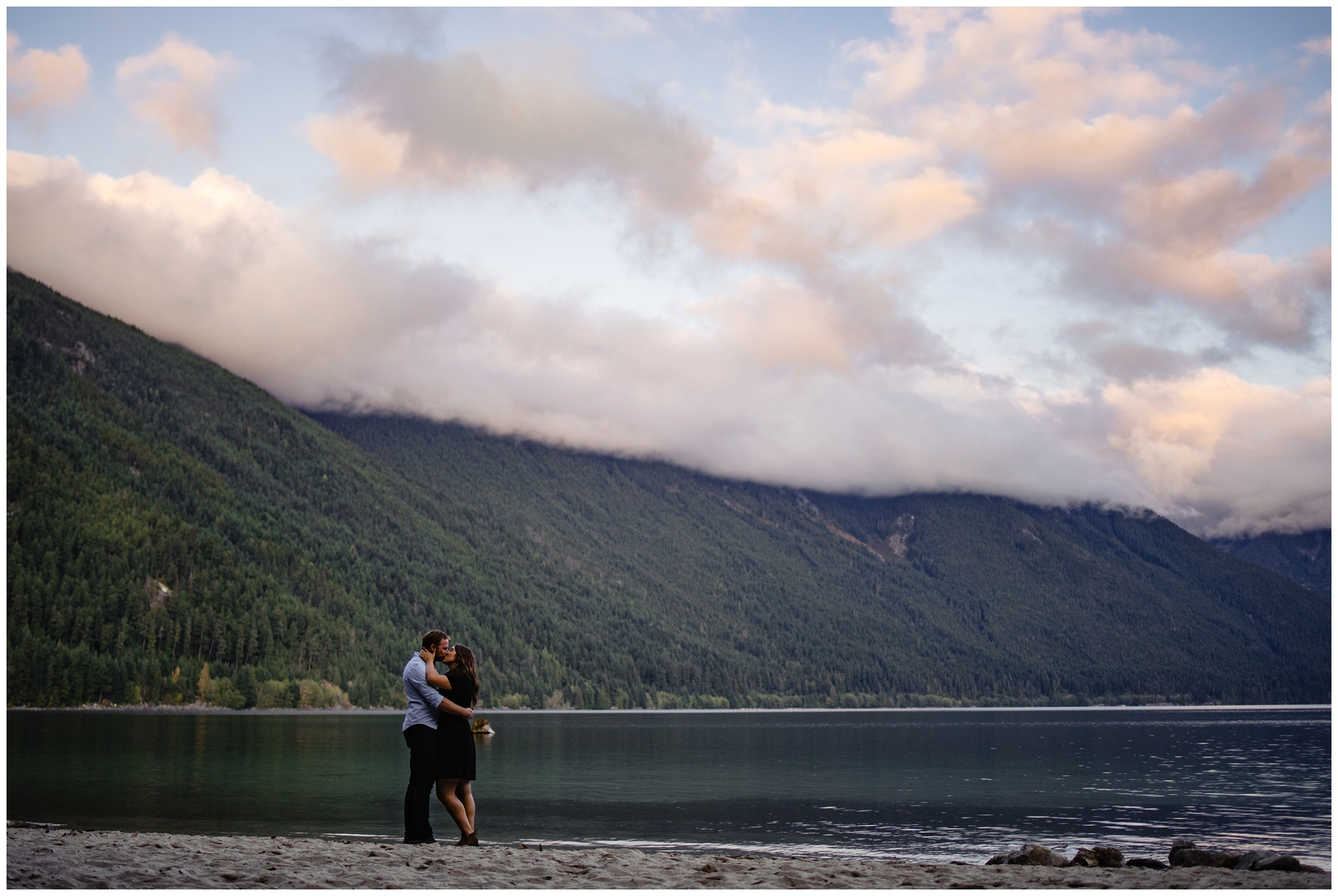 Chilliwack Lake Fall Engagement Photo Inspiration Poses Chilliwack Engagement Photographer_0018.jpg