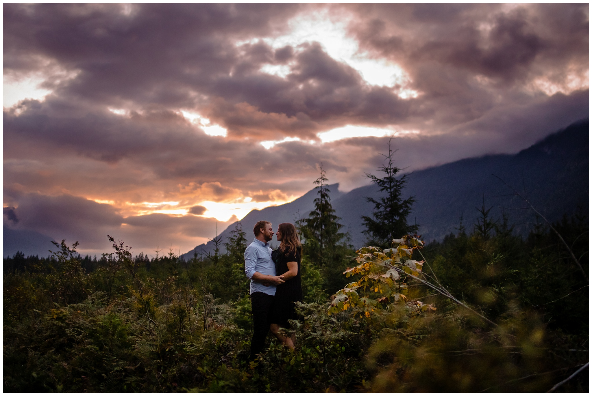 Chilliwack Lake Fall Engagement Photo Inspiration Poses Chilliwack Engagement Photographer_0022.jpg