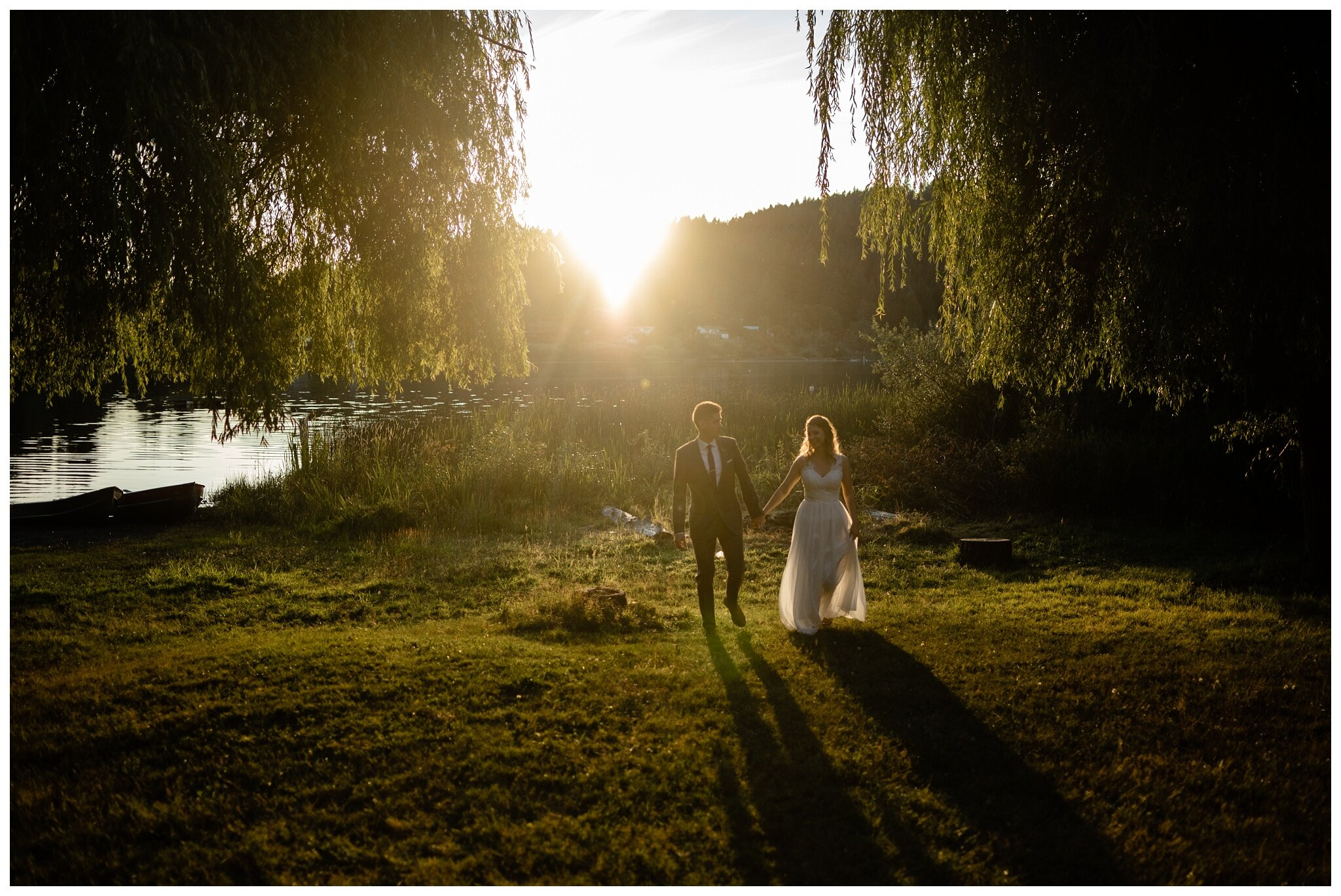 Salt Spring Island Wedding Photographer Lakeshore On Salt Spring Venue Destination Wedding_0050.jpg