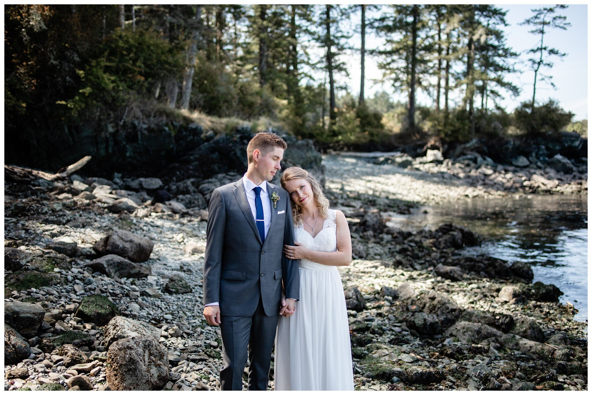 Salt Spring Island Wedding Photographer Ruckle Provincial Park Lakeshore On Salt Spring Venue Destination Wedding_0052.jpg