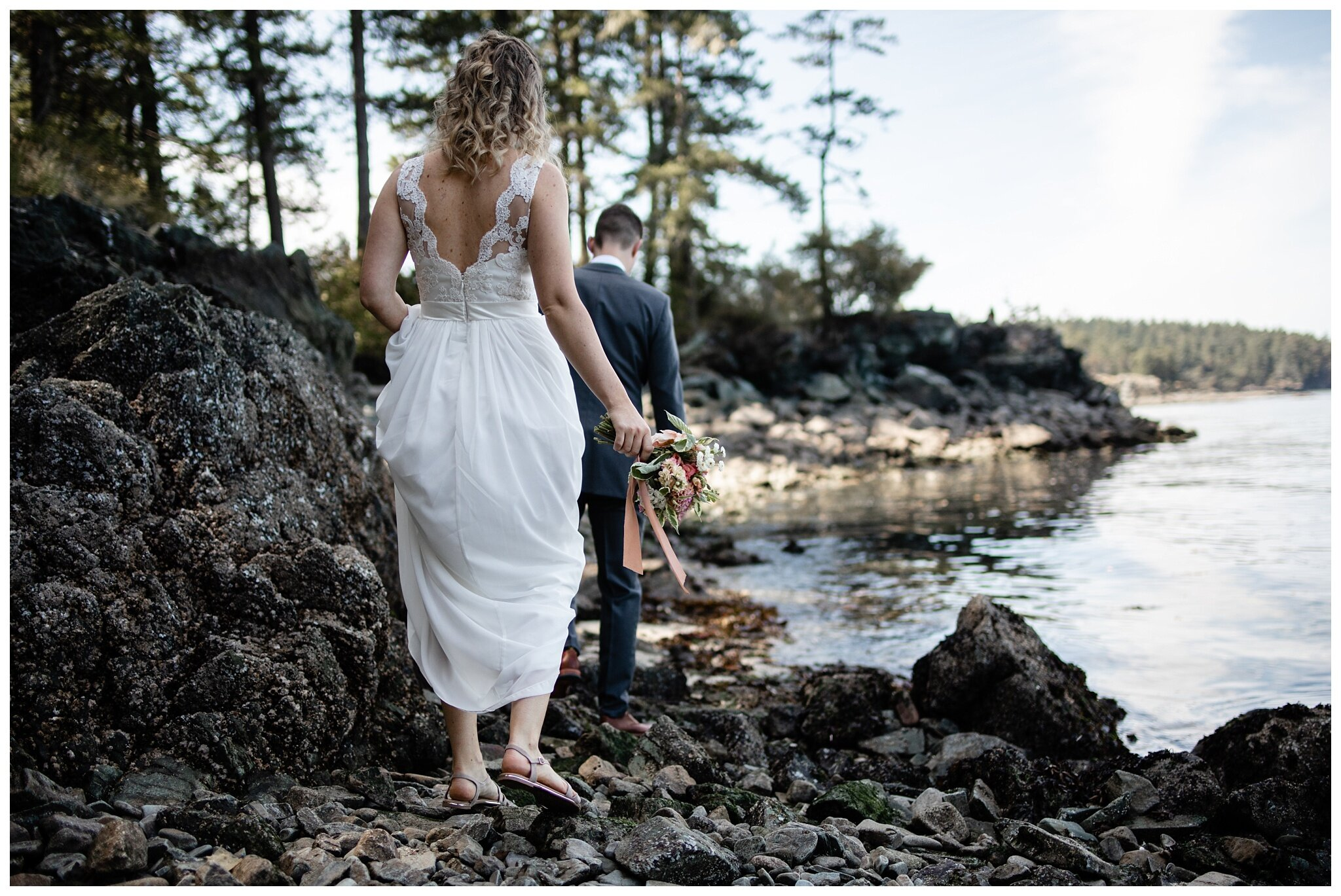 Salt Spring Island Wedding Photographer Ruckle Provincial Park Lakeshore On Salt Spring Venue Destination Wedding_0053.jpg