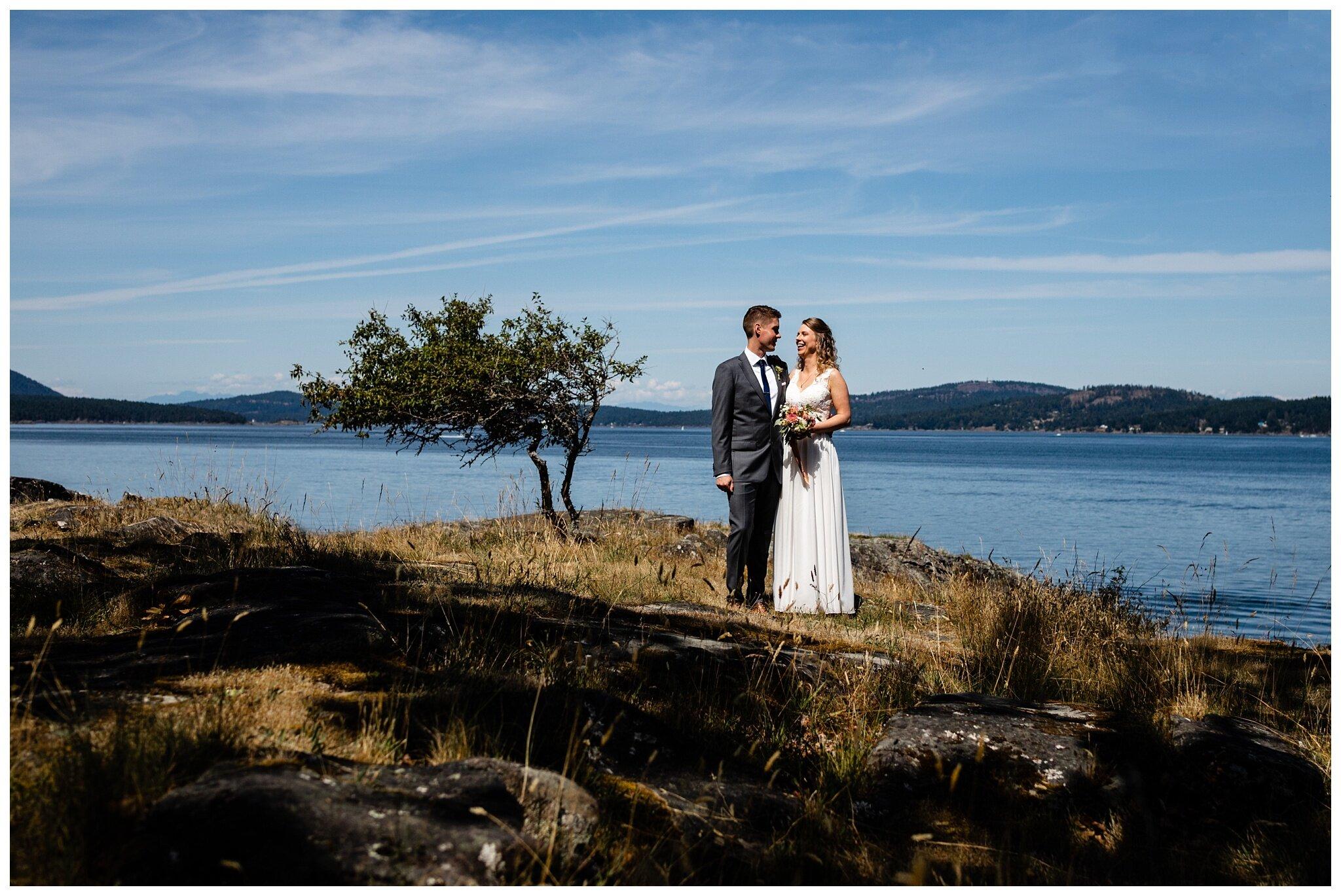 Salt Spring Island Wedding Photographer Ruckle Provincial Park Lakeshore On Salt Spring Venue Destination Wedding_0056.jpg