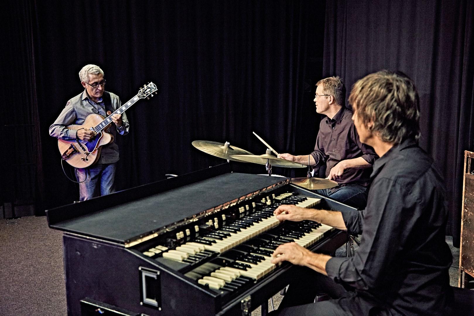 Lorenzo Petrocca Organ Trio.jpg