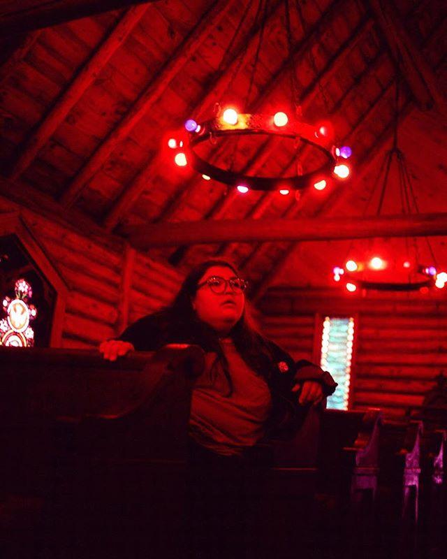 Queen of the Magic Forest. #35mm #35mmfilm #filmphotography #filmfeed #filmisnotdead #filmcamera #bleachmyfilm #buyfilmnotmegapixels #fujifilm #newyork #photooftheday #canon