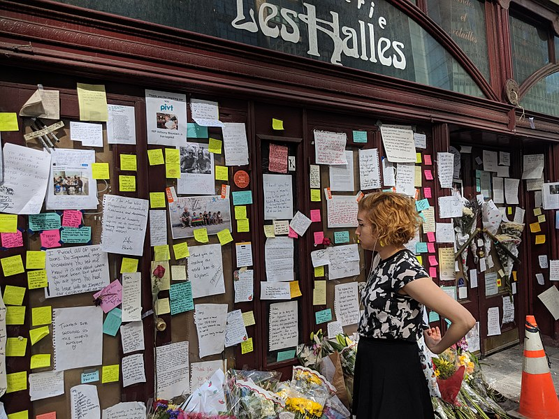 Photo of Les Halles Memorial by Lenina Libera, licensed on Creative Commons.