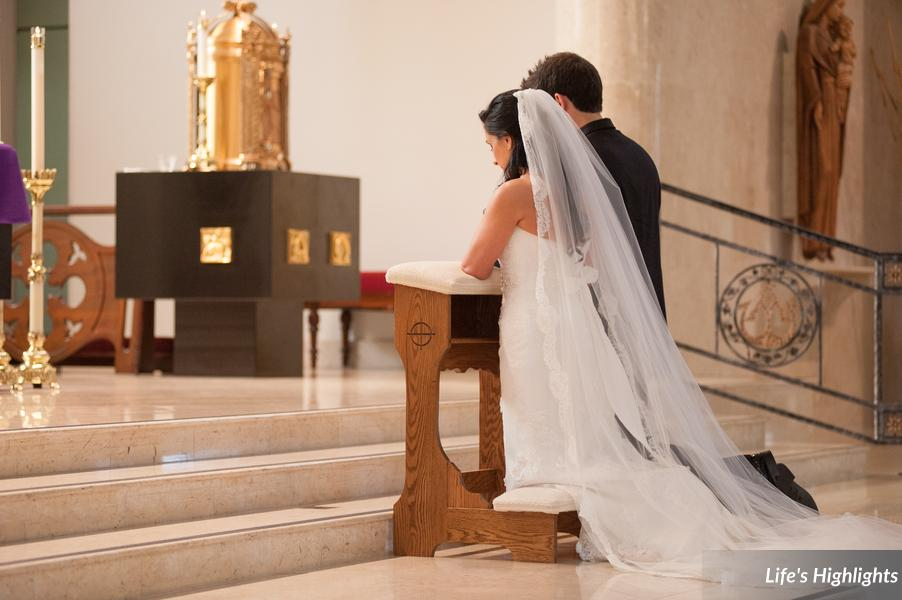 The bride and groom partook in a traditional Catholic ceremony with full mass