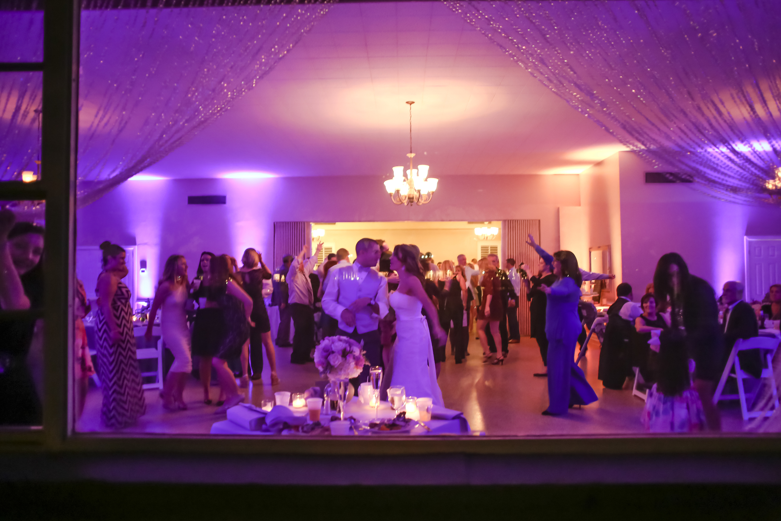 Peering inside the reception from the picture window... gorgeous!