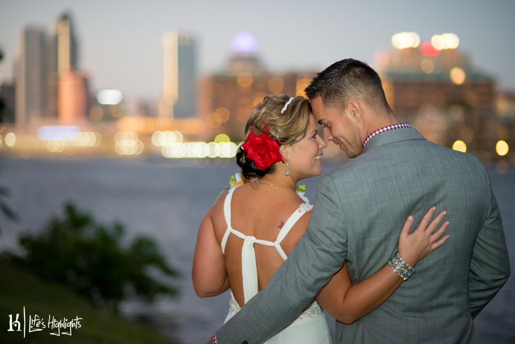 The couple's wedding overlooked the Tampa skyline