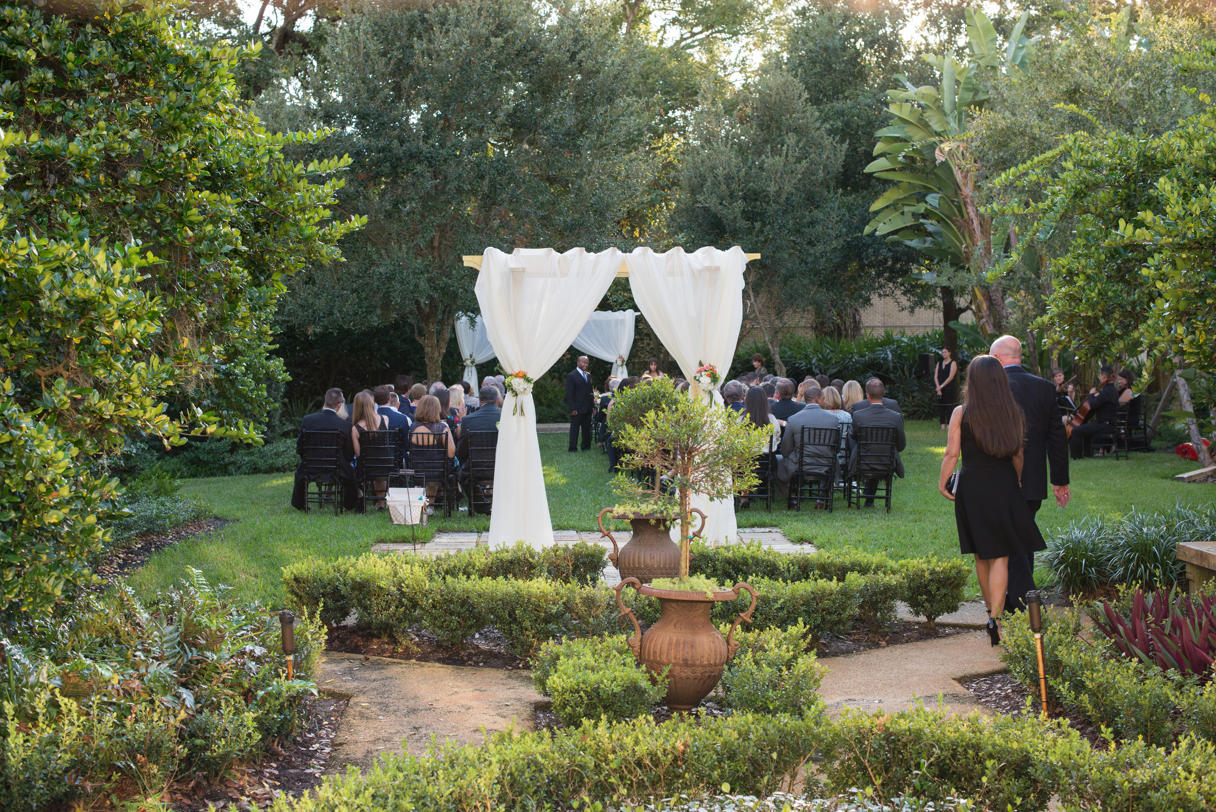 The lush garden was the perfect ceremony setting