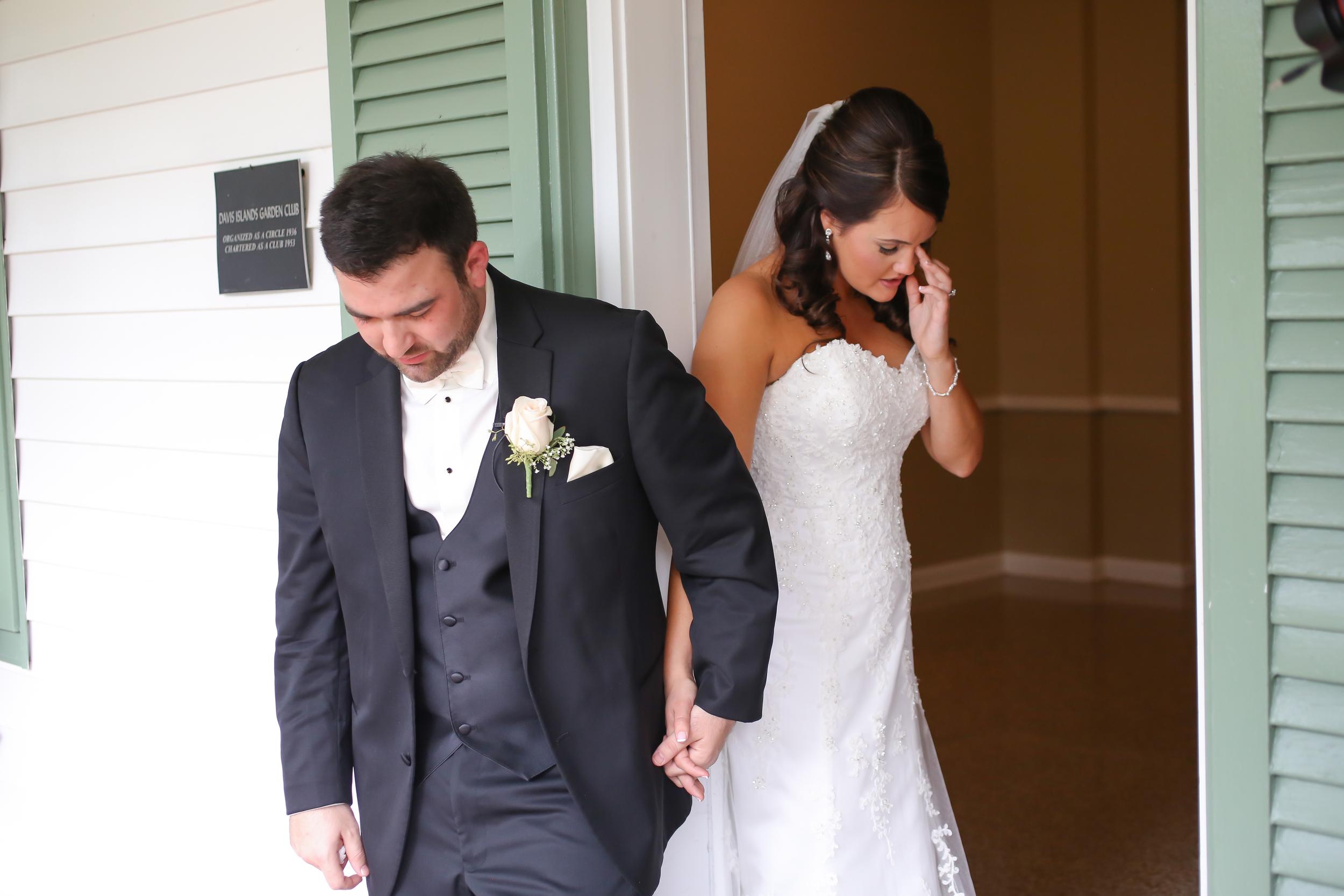 winsor event studio first touch bride groom look prayer