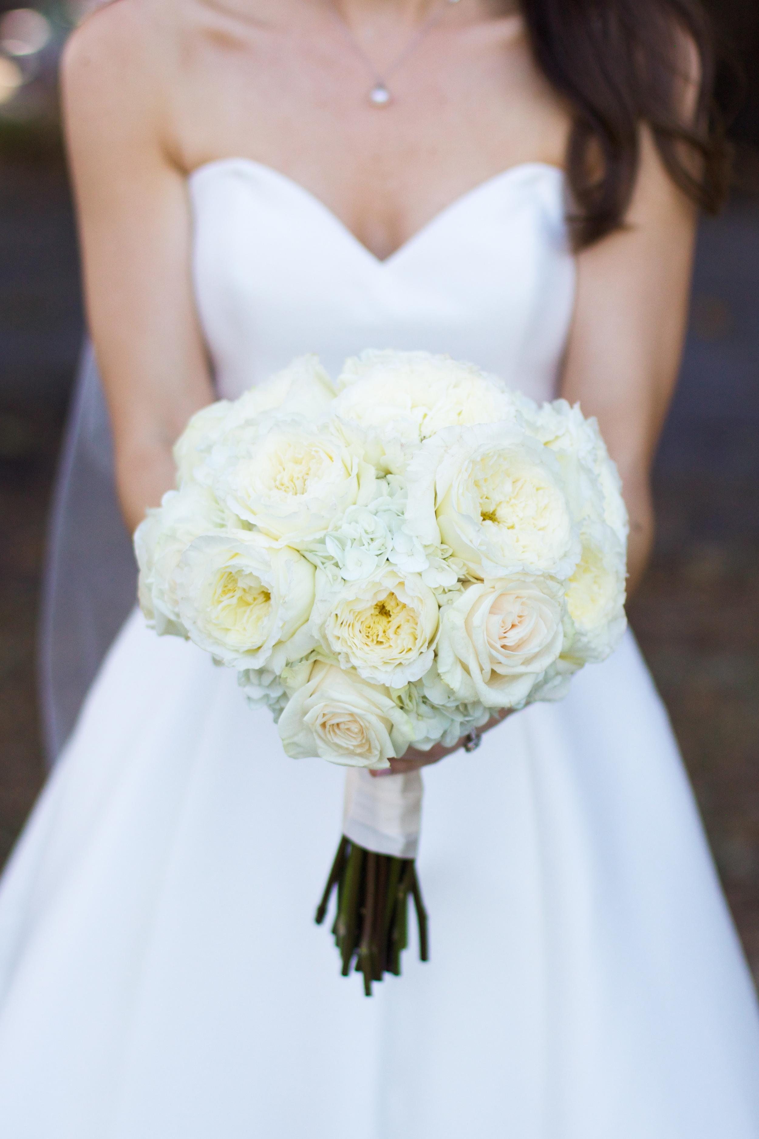 winsor event studio ivory bouquet bride rose hydrangea peony