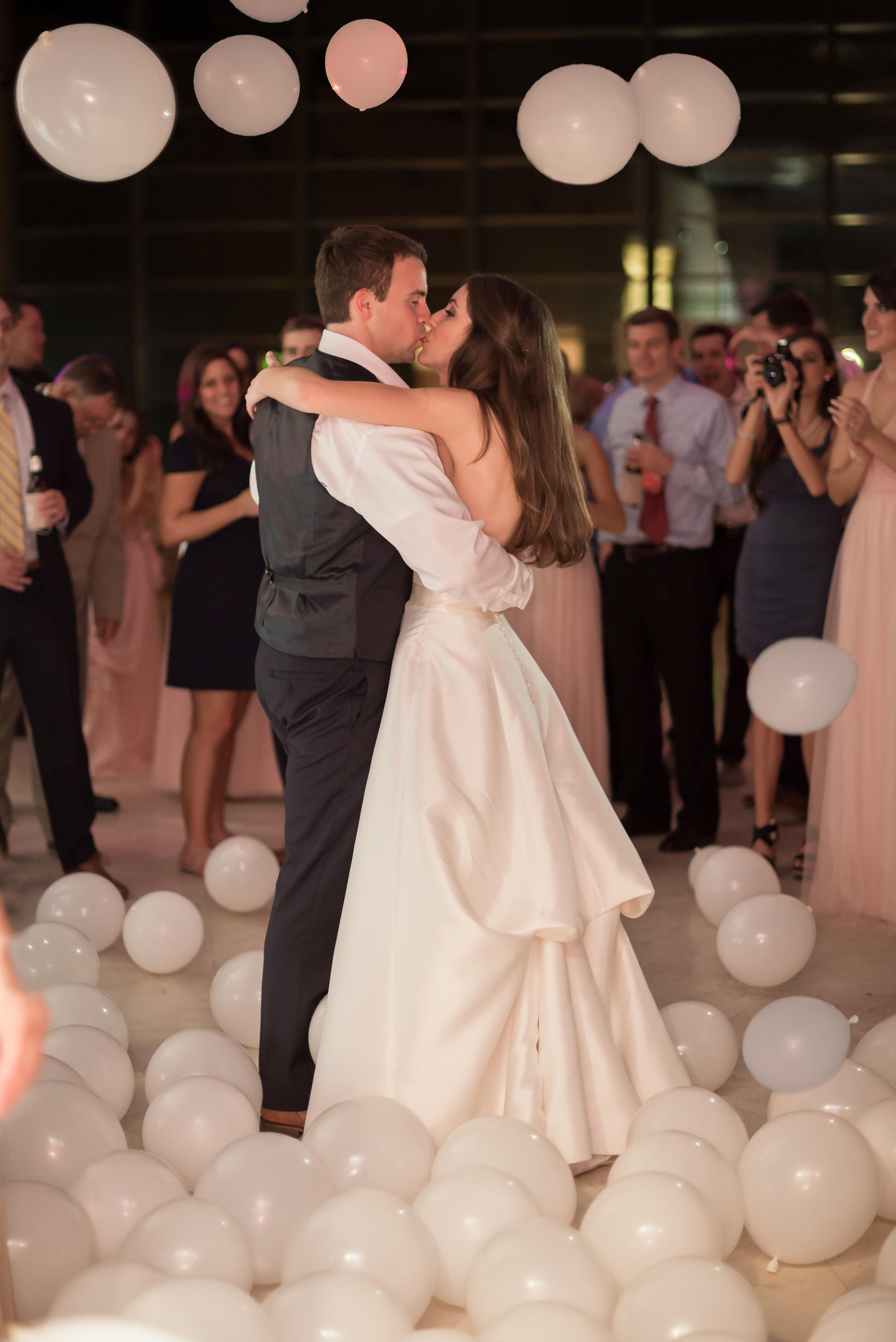winsor event studio balloon drop wedding last dance