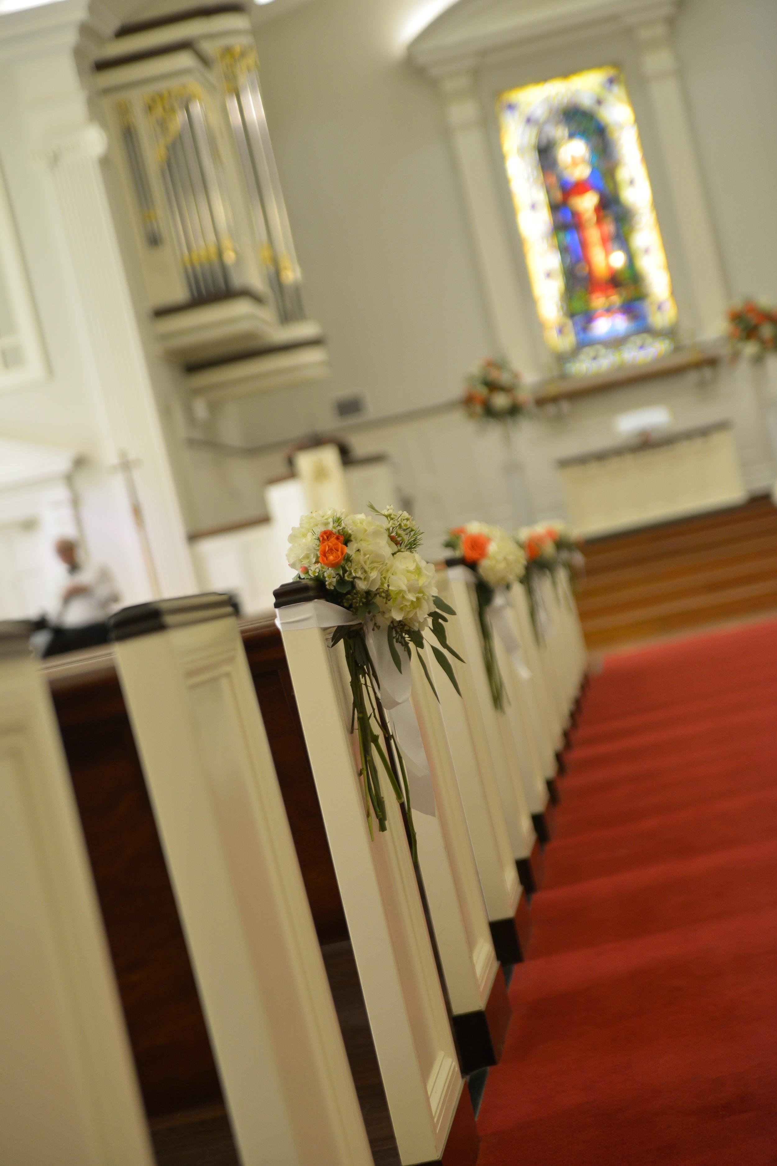 winsor event studio church ceremony wedding aisle pews