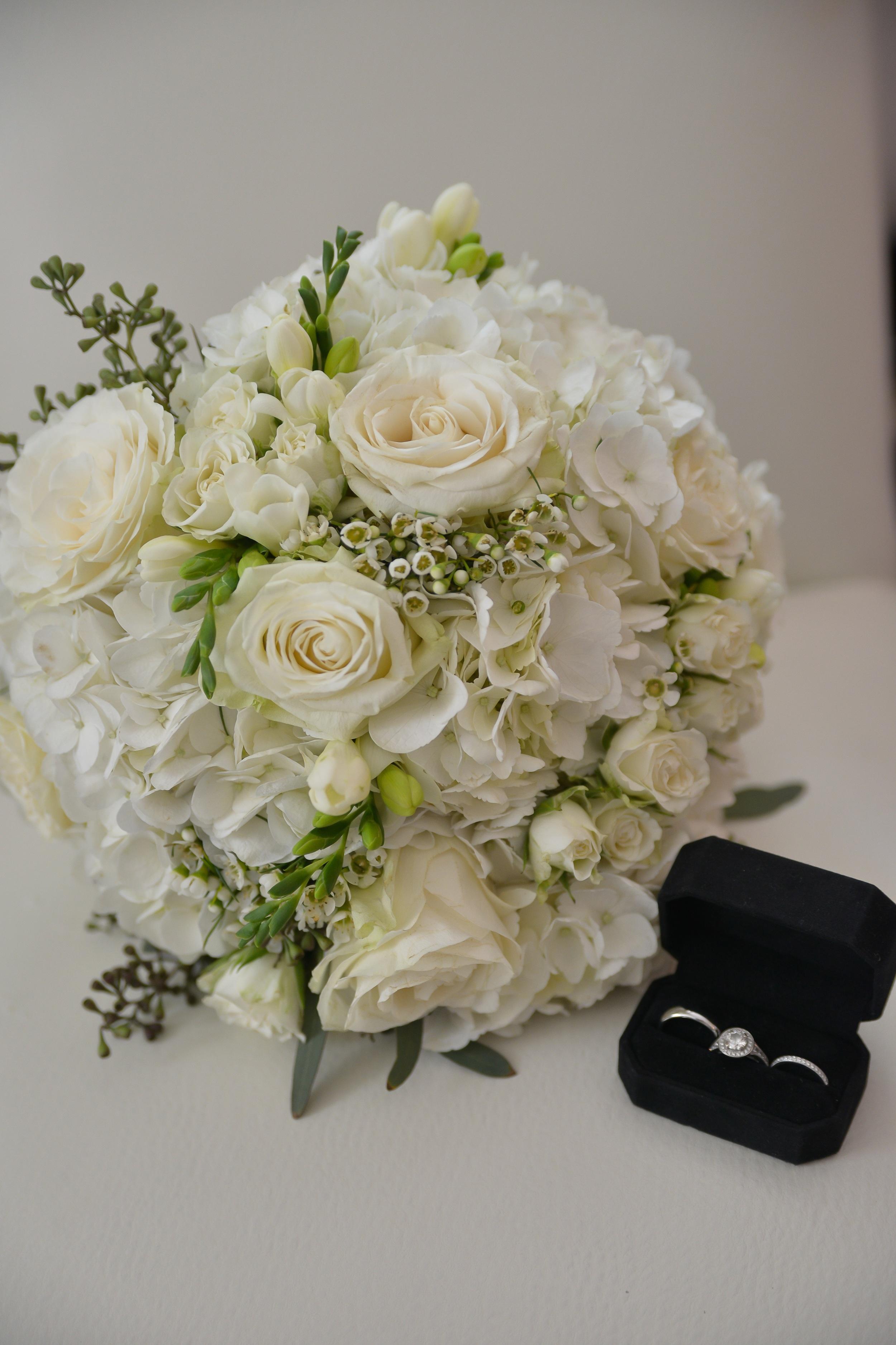 winsor event studio ivory bouquet hydrangea roses freesia waxflower