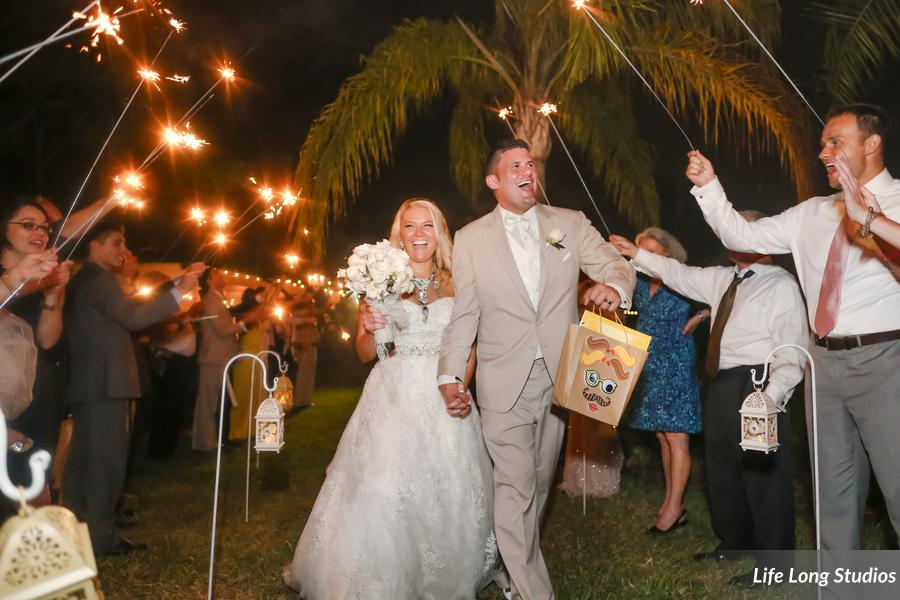 winsor event studio bride groom wedding sparkler send off