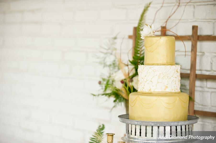 winsor event studio gold wedding cake