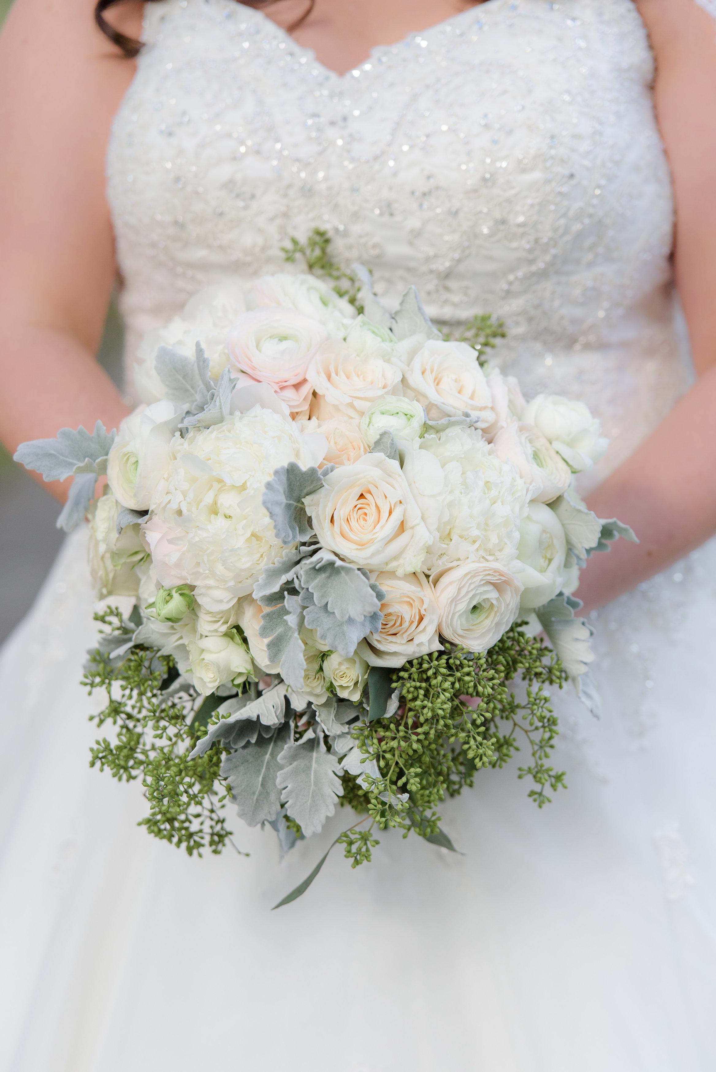 winsor event studio ivory silver bouquet