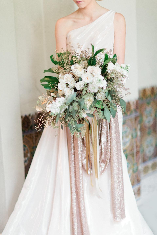 winsor event studio gold white ivory metallic bouquet
