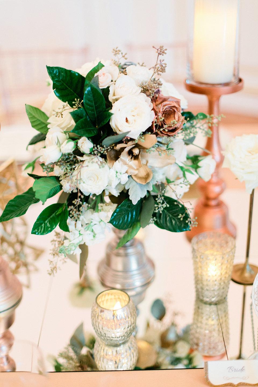 winsor event studio metallic wedding centerpiece