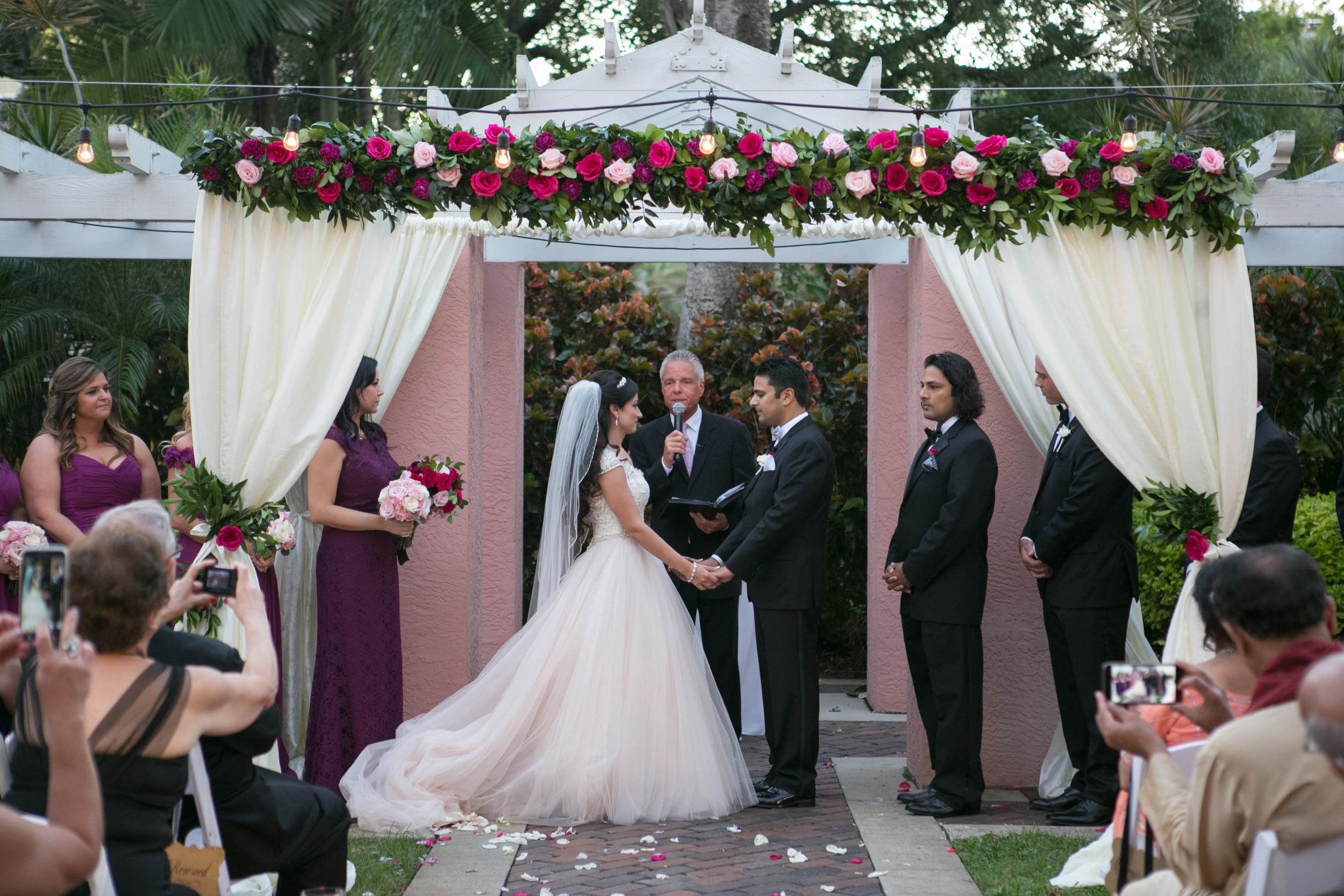 winsor event studio tea garden wedding ceremony vinoy draping