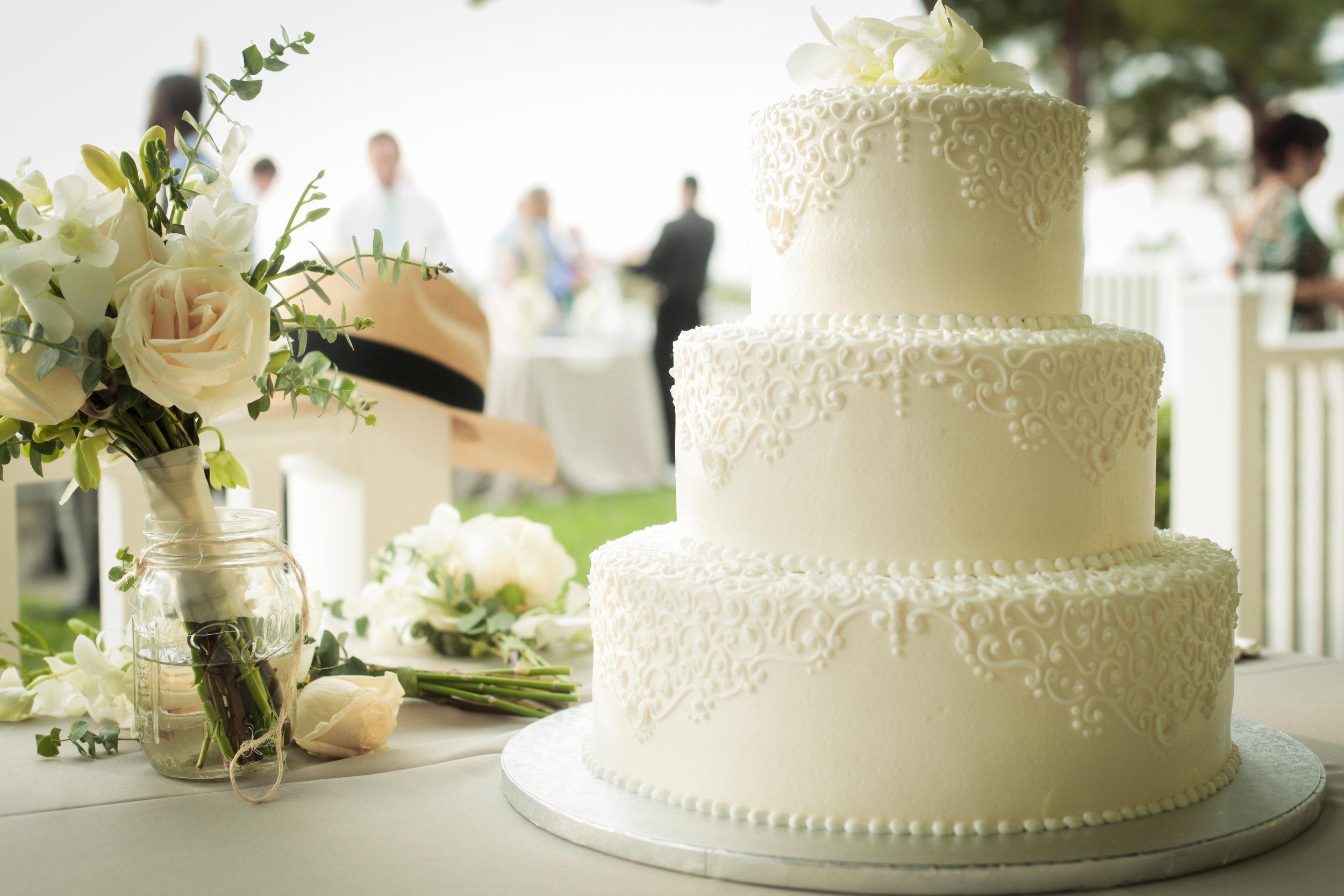 winsor event studio simple wedding cake