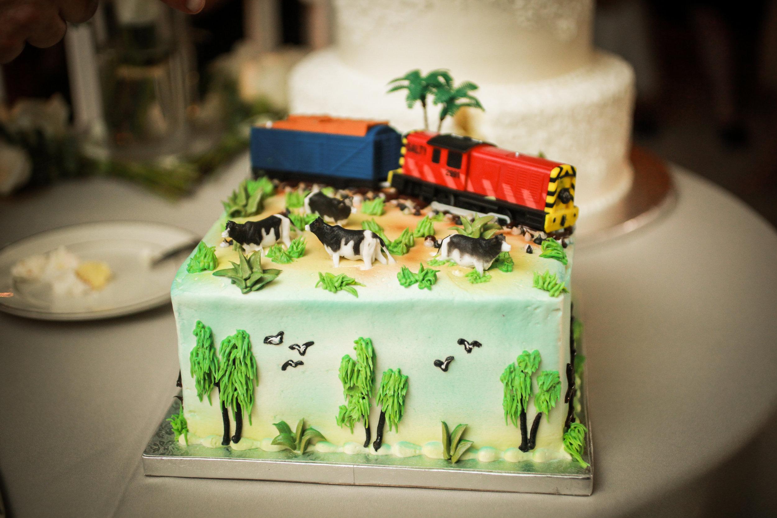 winsor event studio farm groom cake
