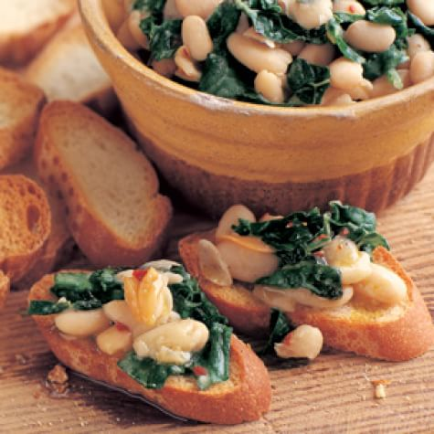 Tuscan Kale & Cannellini Bean Crostini by Williams Sonoma