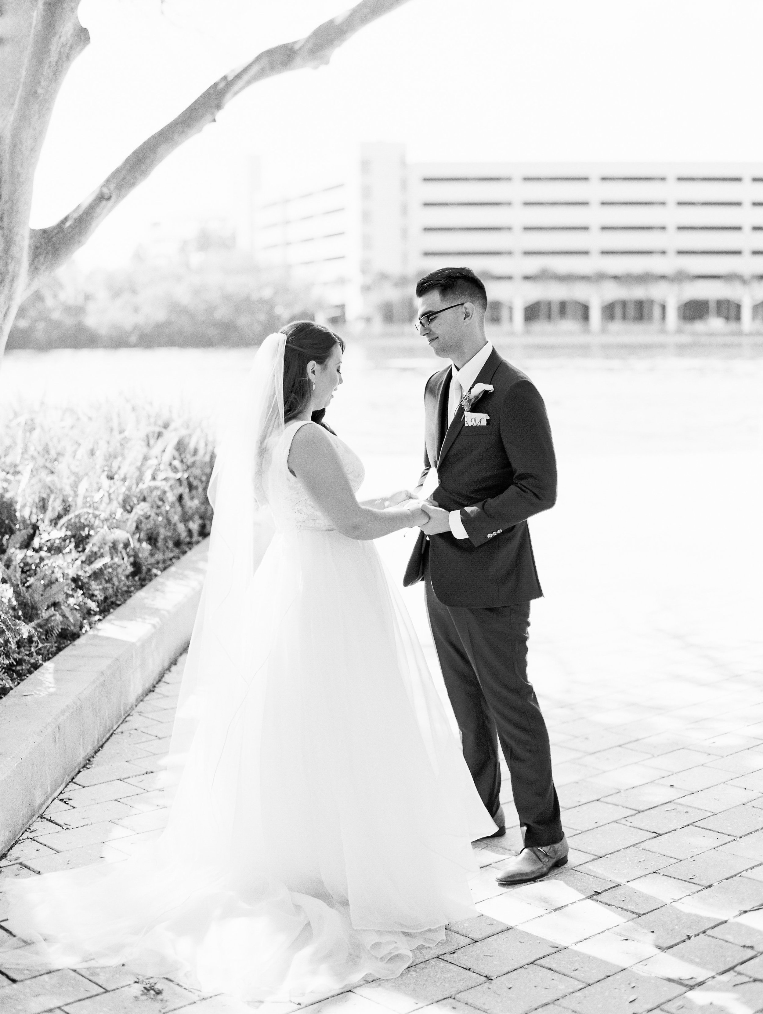 The couple read handwritten letters to each other during the intimate moment of their first look.