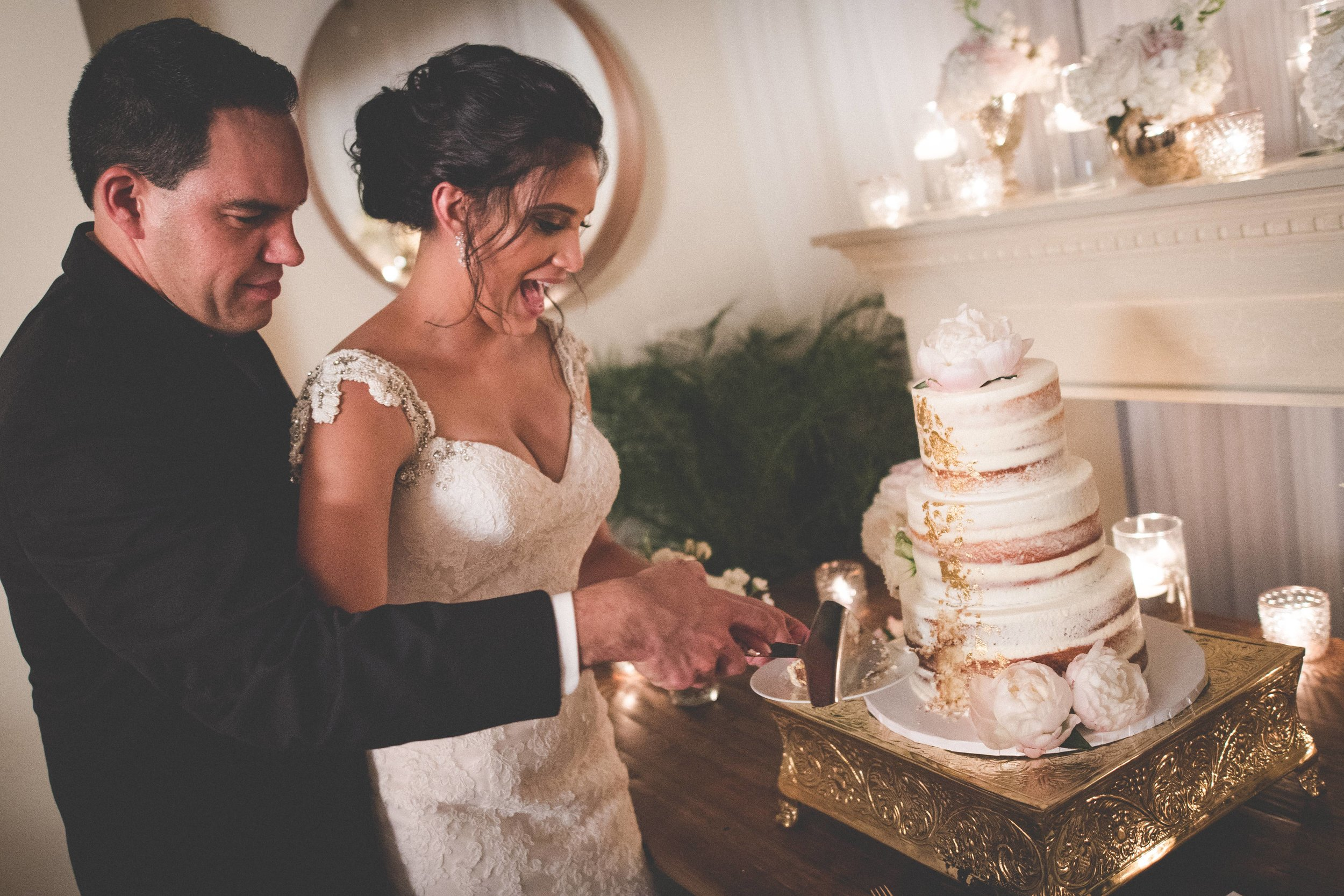 Together the couple cut into their gorgeous cake amongst their closest friends and family.