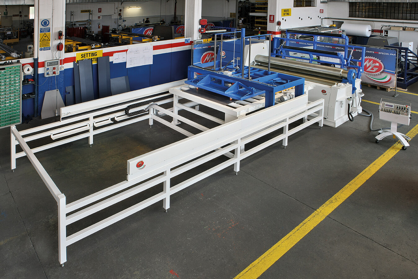 metal fabrication equipment