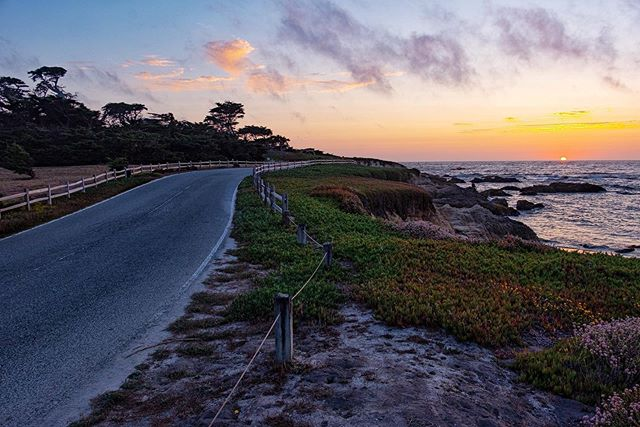 Sunset off of 17 Mile drive.  Cypress Point golf course is on the left, if anyone can get me an invite it would be greatly appreciated 😂 🌅🌅 #mypebblebeach #17miledrive #cypresspoint #pebblebeach #myfujifilm #fujifilm_northamerica #xt2 #fujixt2 #centralcoast#explorecalifornia #instapassport #instatravel#landscape #landscapephotography #monterey#pacificocean #roadtrip #scenic#scenicphotography #seemonterey #travelcalifornia#travelgram #travelmore #travelphotography#visitca #visitcalifornia #westcoast #welltraveled