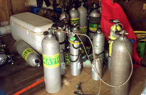The roatan tec center is blending nitrox and helium in the fill station that is located in roatan at coconut tree divers in west end roatan.