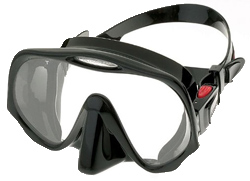 the-best-scuba-mask-atomic-aquatics-frm.jpg