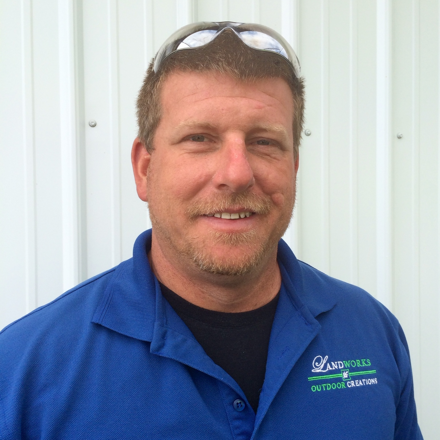 Jeremiah Perraut     Jeremiah is the Operations Manager with a range of experience from being a fireman to having 13 years of experience landscaping. He grew up in Bourbon County where he graduated from high school and went on to attend Morehead State University. He enjoys spending his time outdoors hiking, kayaking and being with his wife, Audra, and their two children.