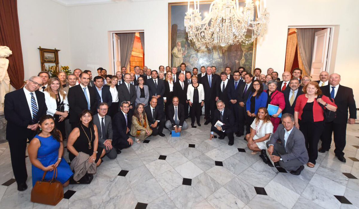 Businesses, academics and civil society join President Bachelet call to fight climate change.